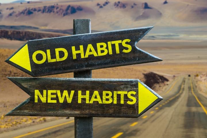 bigstock-Old-Habits-New-Habits-signpo-109667729.jpg